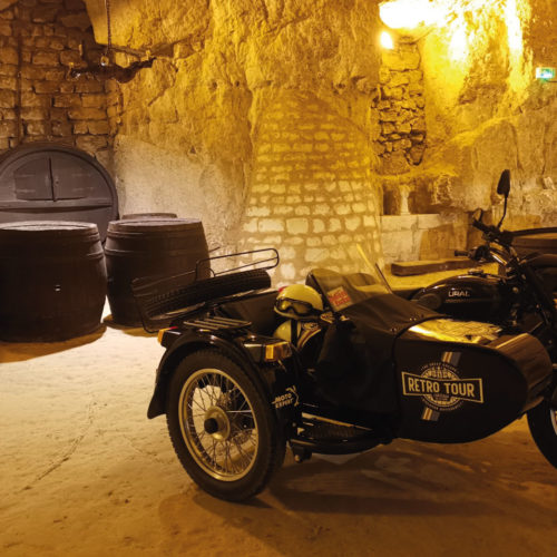 retro_tour_side_car_tours_visite_cave