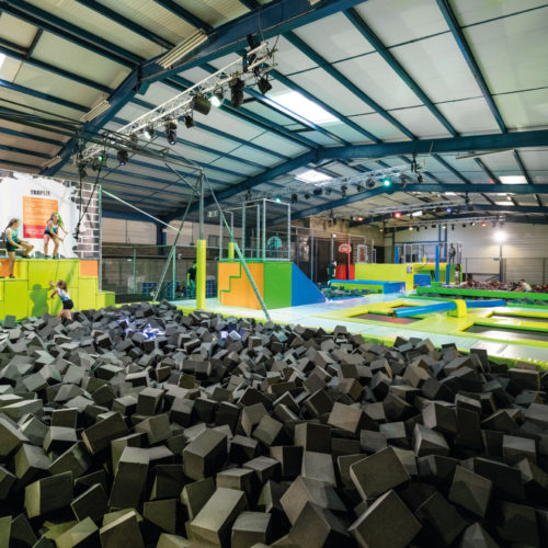 new_jump_tours_bac_mousse_trampoline_park